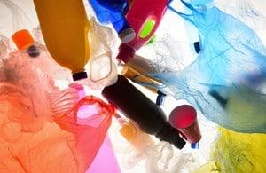 Progettare (nuovi) modi per ridurre i rifiuti di plastica