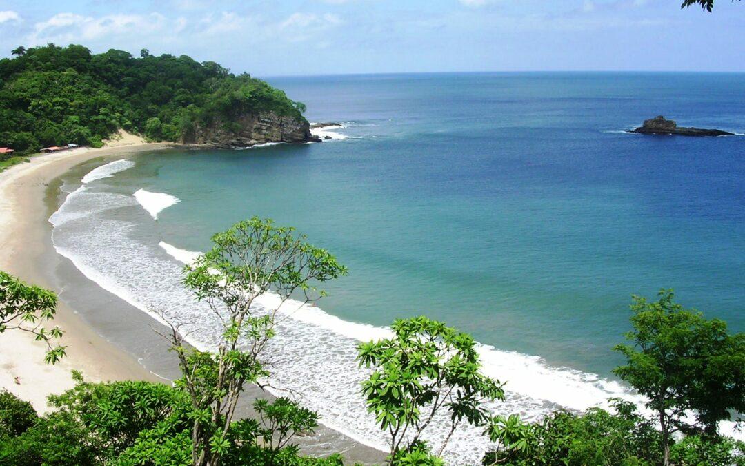 UN GRIDO DI ALLARME: Le spiagge le vorremmo così, invece…