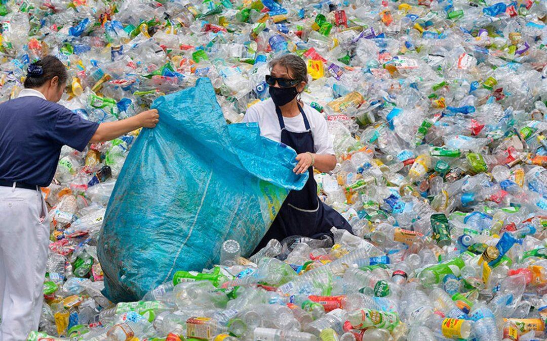 L'EUROPA HA UNA SOLUZIONE CHE RENDERÀ PROFICUO RICICLARE LA PLASTICA